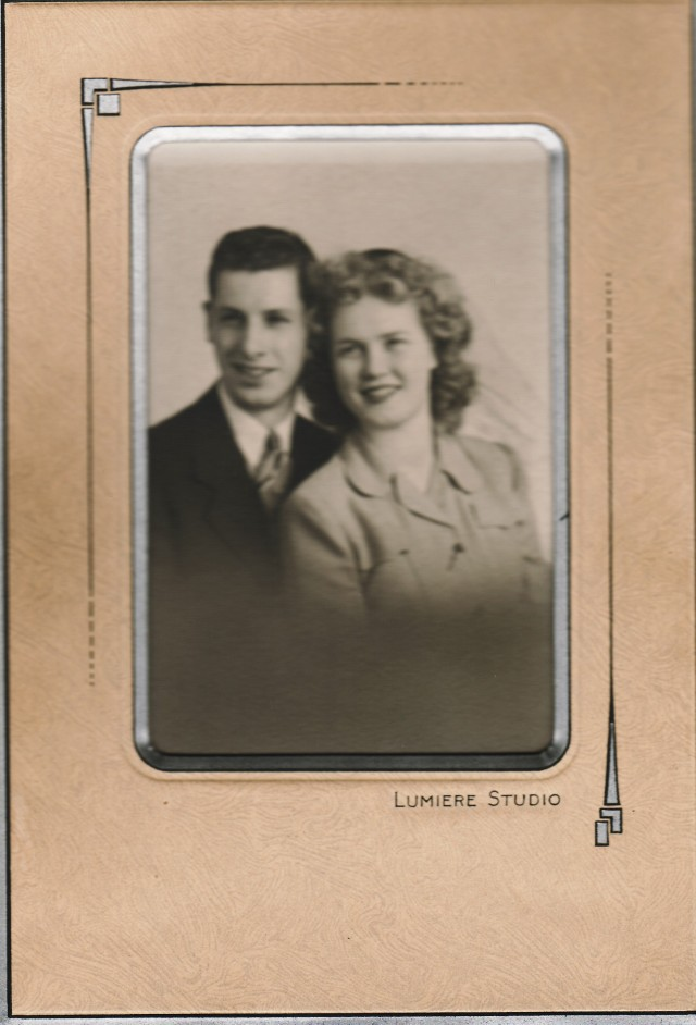 Jerry Frempter Stalter and Grace Evelyn Hancock wedding portrait