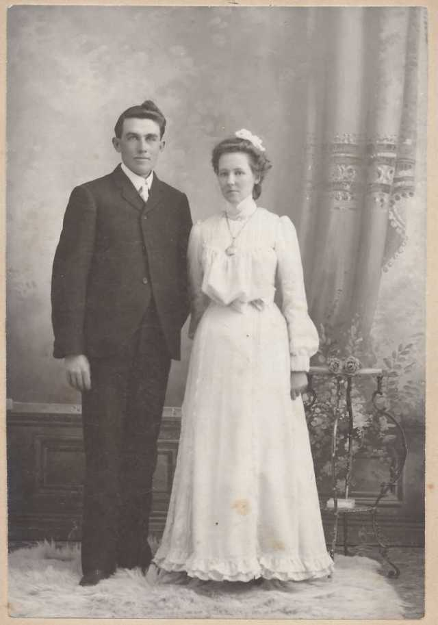 Wedding picture of NB Hancock and Lulu Pearl Brace