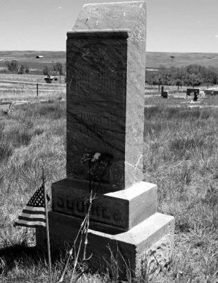 Gravestone for Edwin SquiresElbert Cemetery, Elbert, Colorado