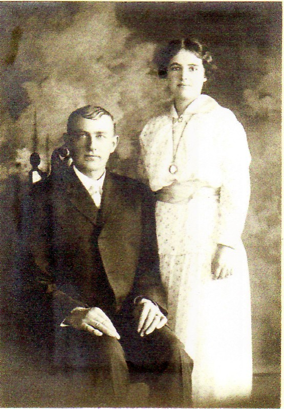 Robert Sidney (Sid) Foreman and Grace Irene Squires Foreman